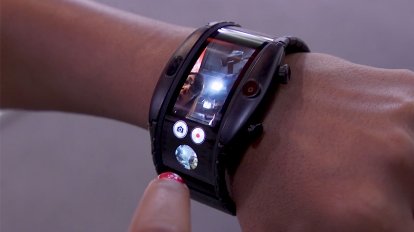 Wearable-and-foldable-smartphones-are-shaking-up-tech