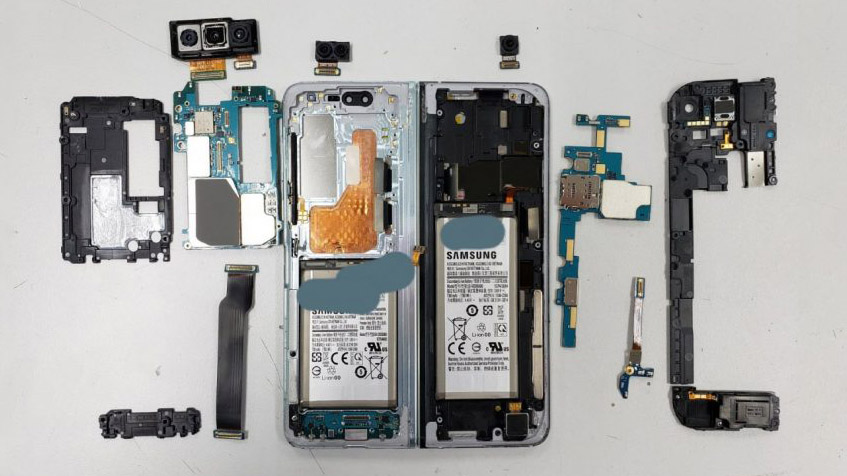 Samsung-Galaxy-Fold-Teardown-001
